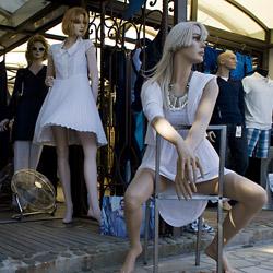 calvi-Corsica-france-street-mannequin